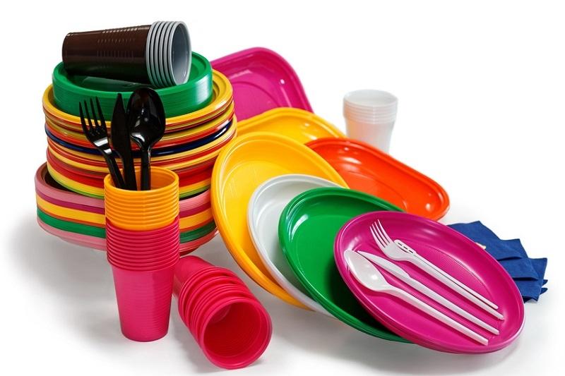 Plastica a contatto con gli alimentiPlastica a contatto con gli alimenti